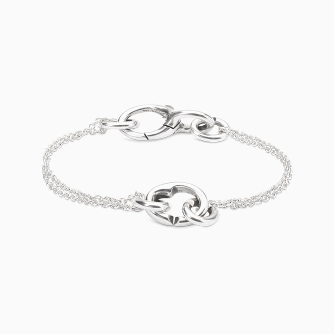 [X Jewellery] Petite chain heart within bracelet