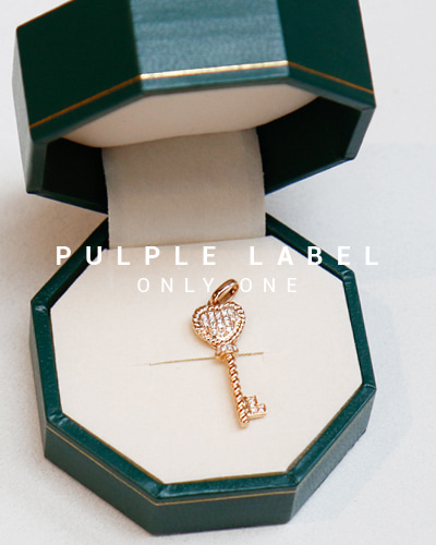 [Purple LABEL #13] Heart Twist Diamond Key 18K Pendant