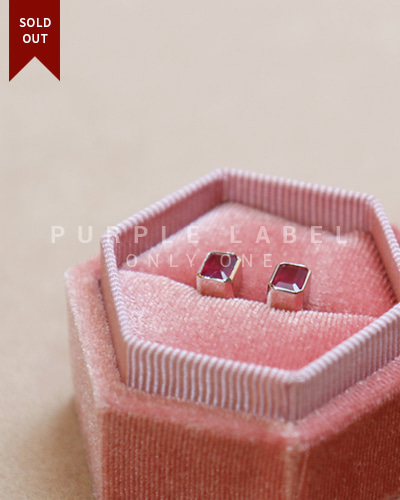 [Purple LABEL #20] 18K Volume Square Ruby Earrings